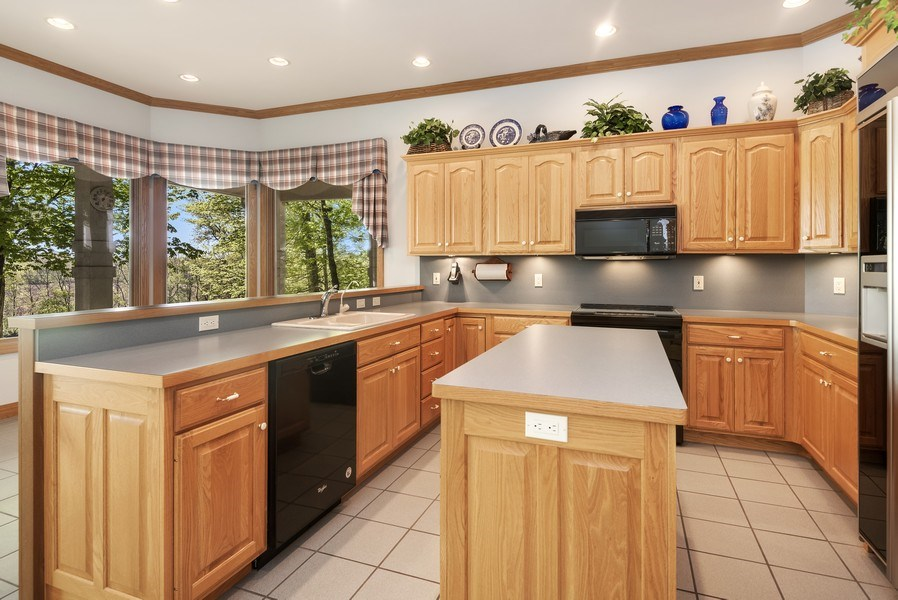 Real Estate Photography - 2337 Spring Arbor, St. Joseph, MI, 49085 - Kitchen