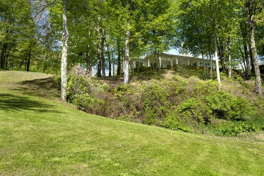 Real Estate Photography - 2337 Spring Arbor, St. Joseph, MI, 49085 - Rear View