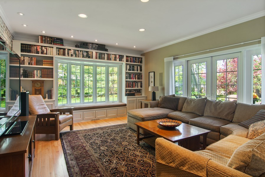 Real Estate Photography - 344 S Bristol, Arlington Heights, IL, 60005 - Family Room