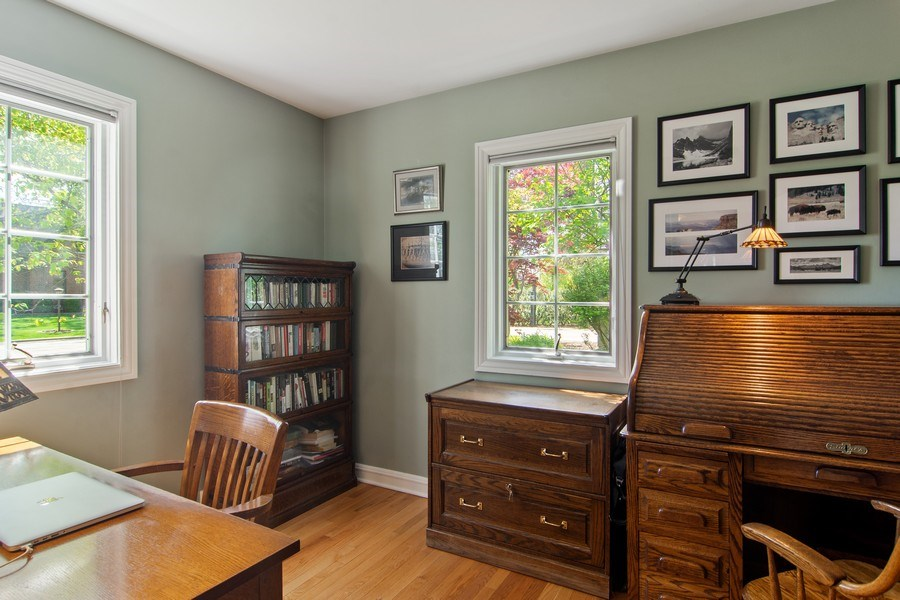 Real Estate Photography - 344 S Bristol, Arlington Heights, IL, 60005 - 1st Floor Office