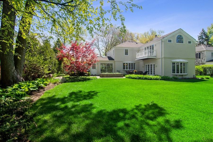Real Estate Photography - 344 S Bristol, Arlington Heights, IL, 60005 - Yard