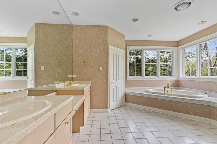 Real Estate Photography - 1955 Telegraph Road, Bannockburn, IL, 60015 - Master Bathroom
