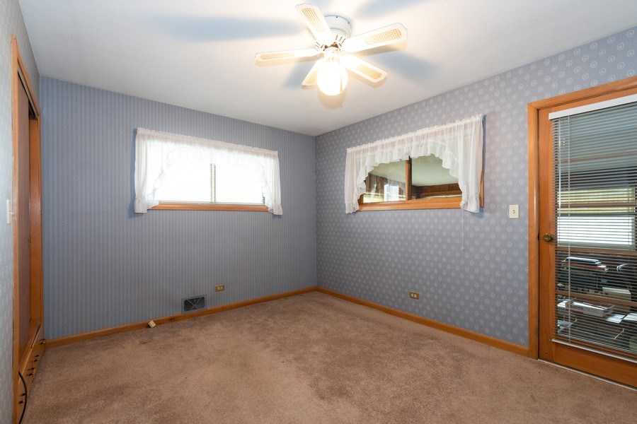 Real Estate Photography - 6 S Maple St, Mount Prospect, IL, 60056 - Bedroom