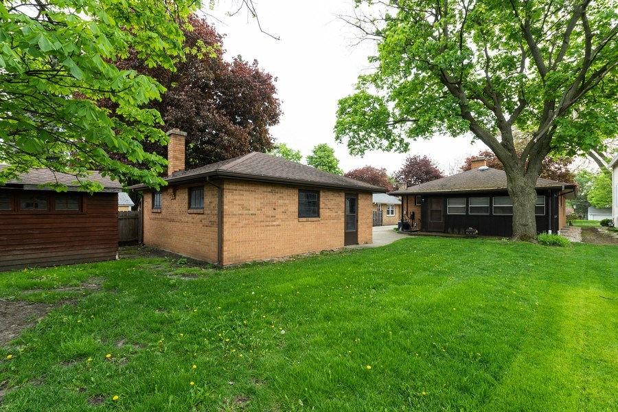 Real Estate Photography - 6 S Maple St, Mount Prospect, IL, 60056 - Rear View