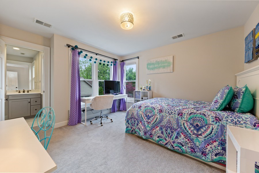 Real Estate Photography - 121 N Park Ave, Hinsdale, IL, 60521 - 5th Bedroom