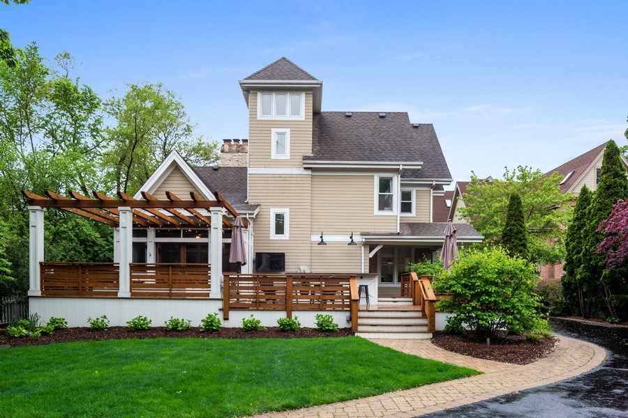 Real Estate Photography - 121 N Park Ave, Hinsdale, IL, 60521 - Back Yard