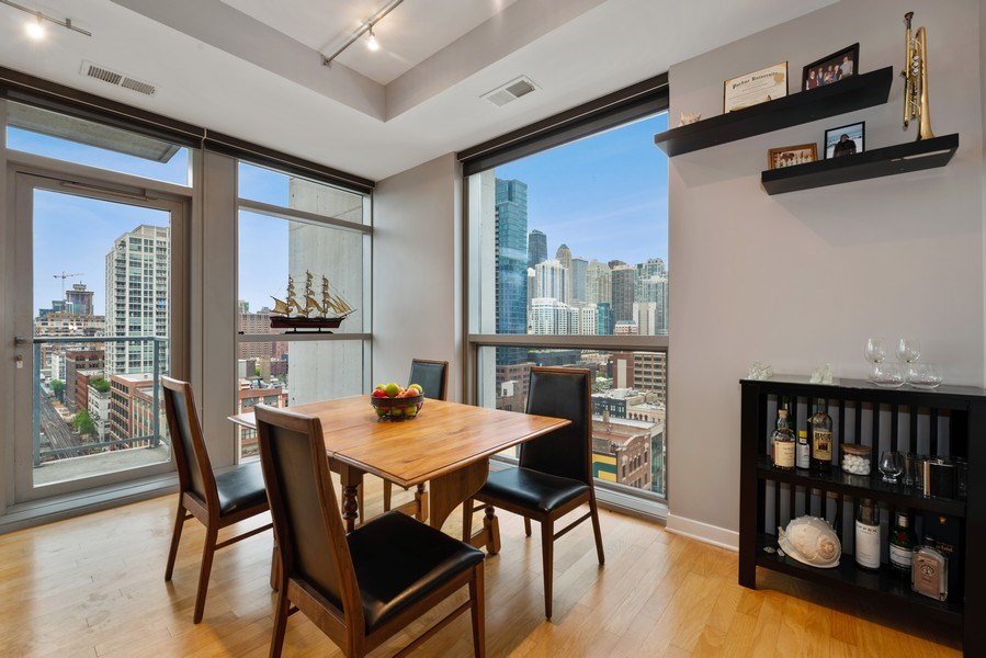 Real Estate Photography - 303 W. Ohio St., 1502, Chicago, IL, 60654 - Dining Room