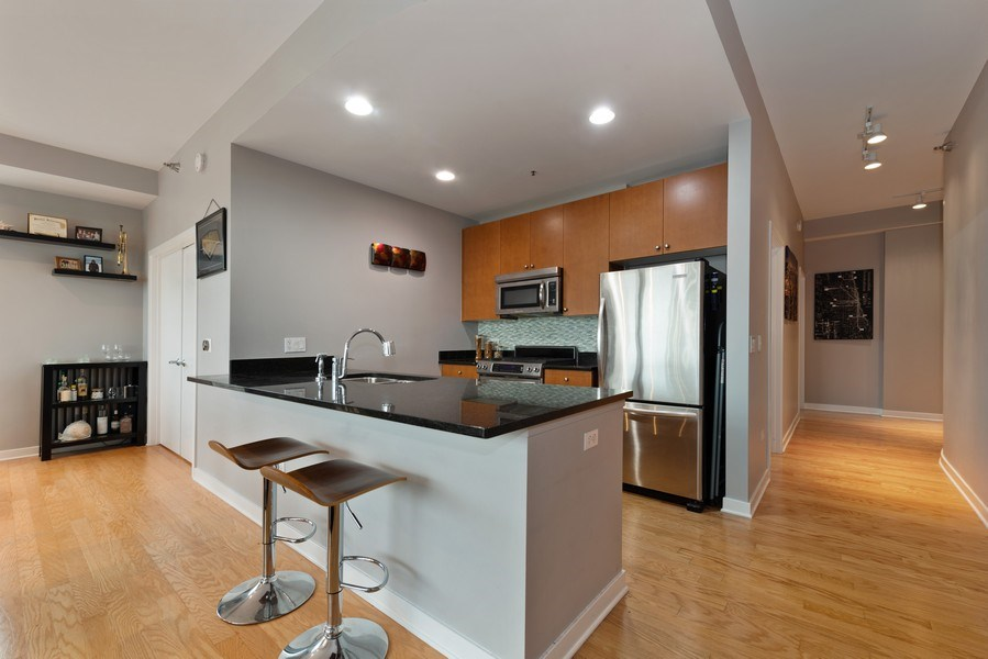Real Estate Photography - 303 W. Ohio St., 1502, Chicago, IL, 60654 - Kitchen
