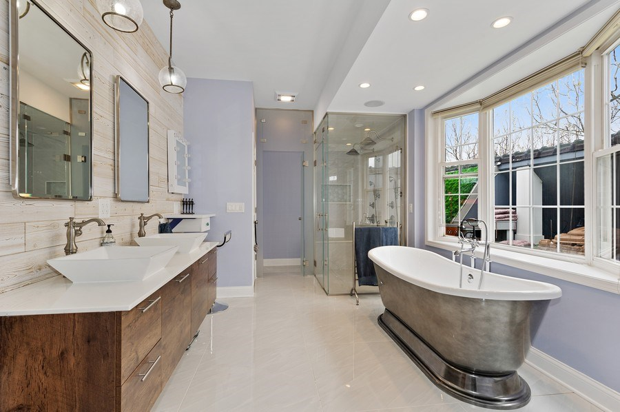 Real Estate Photography - 455 West Oakdale, Unit 3, Chicago, IL, 60657 - Master Bathroom