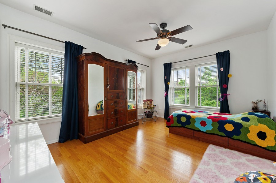 Real Estate Photography - 455 West Oakdale, Unit 3, Chicago, IL, 60657 - Bedroom 2
