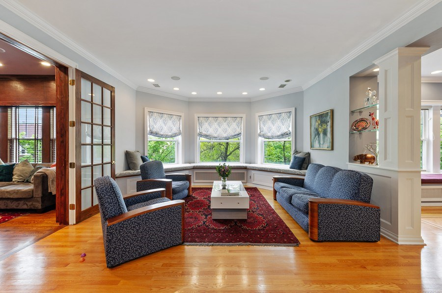 Real Estate Photography - 455 West Oakdale, Unit 3, Chicago, IL, 60657 - Living Room