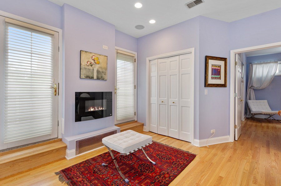 Real Estate Photography - 455 West Oakdale, Unit 3, Chicago, IL, 60657 - Master Bedroom