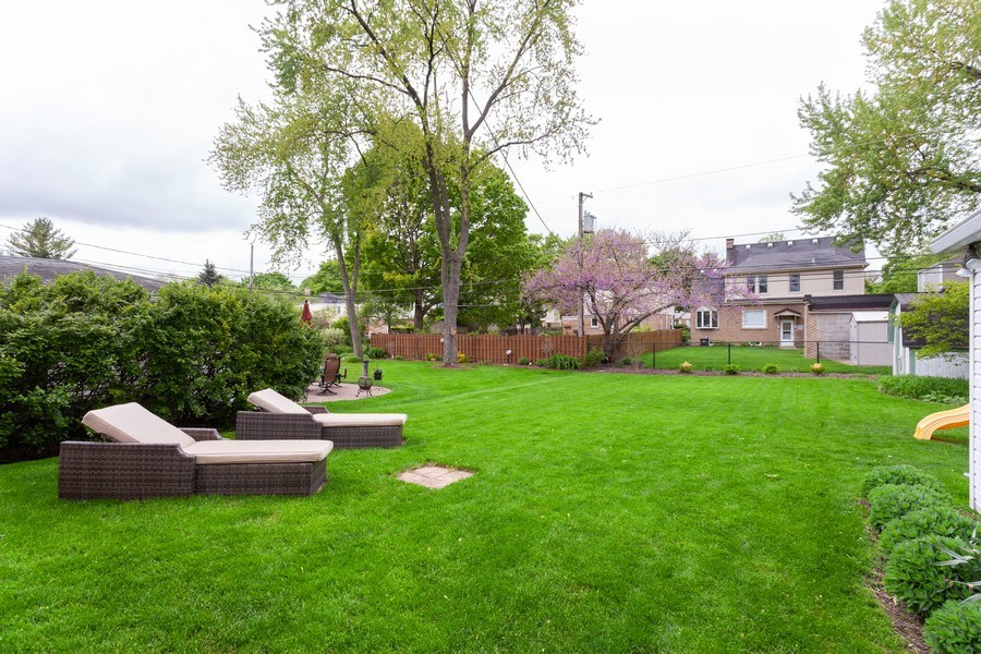 Real Estate Photography - 718 S. Chestnut, Arlington Heights, IL, 60005 - Back Yard