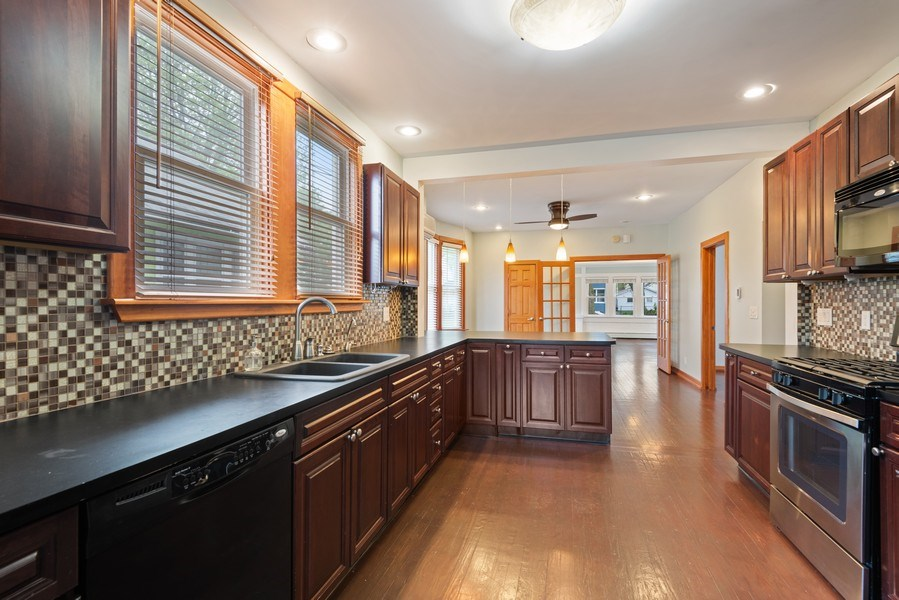 Real Estate Photography - 907 Michigan St, St Joseph, MI, 49085 - Kitchen