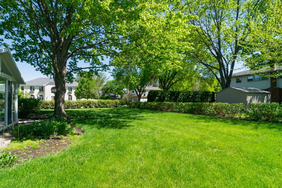 Real Estate Photography - 1739 N. Dover Lane, Arlington Heights, IL, 60004 - Back Yard