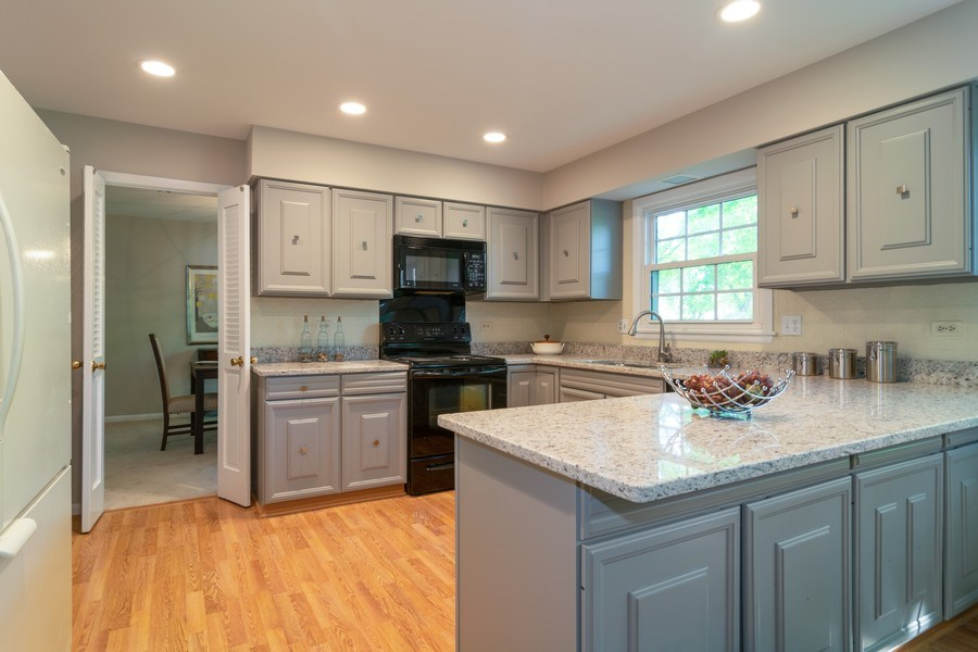 Real Estate Photography - 1739 N. Dover Lane, Arlington Heights, IL, 60004 - Kitchen