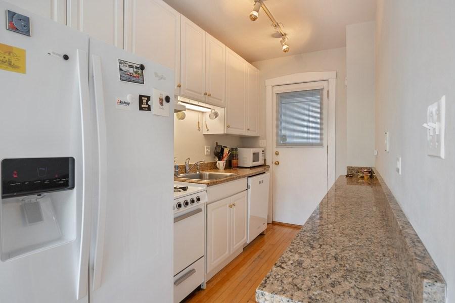 Real Estate Photography - 1020 West Barry Avenue, Unit 3, Chicago, IL, 60657 - Kitchen