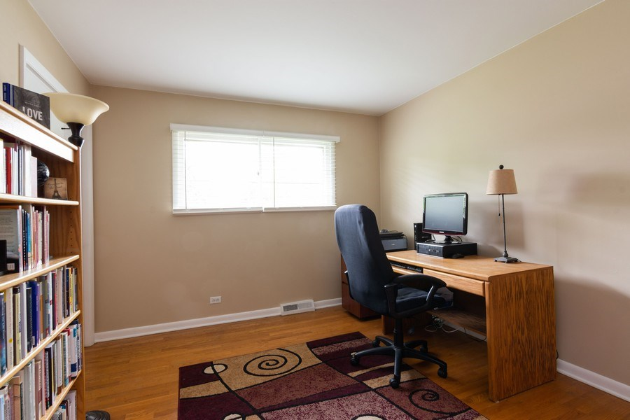 Real Estate Photography - 7 N Kaspar Ave, Arlington Heights, IL, 60005 - 3rd Bedroom