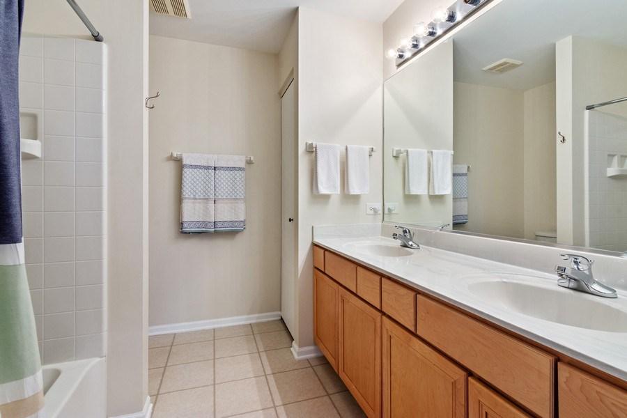 Real Estate Photography - 1374 S Dalton dr, Round Lake, IL, 60073 - Master Bathroom