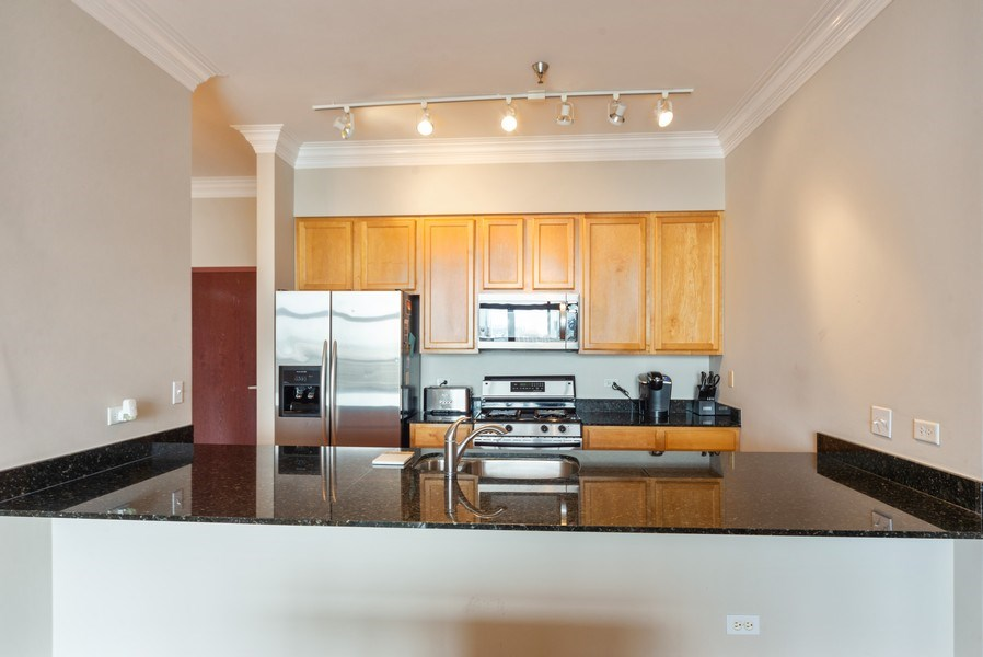 Real Estate Photography - 3232 N Halsted, #1008, Chicago, IL, 60657 - Kitchen