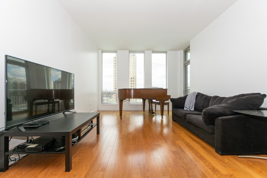 Real Estate Photography - 1400 S. Michigan Ave, Unit 1108, Chicago, IL, 60605 - Living Room