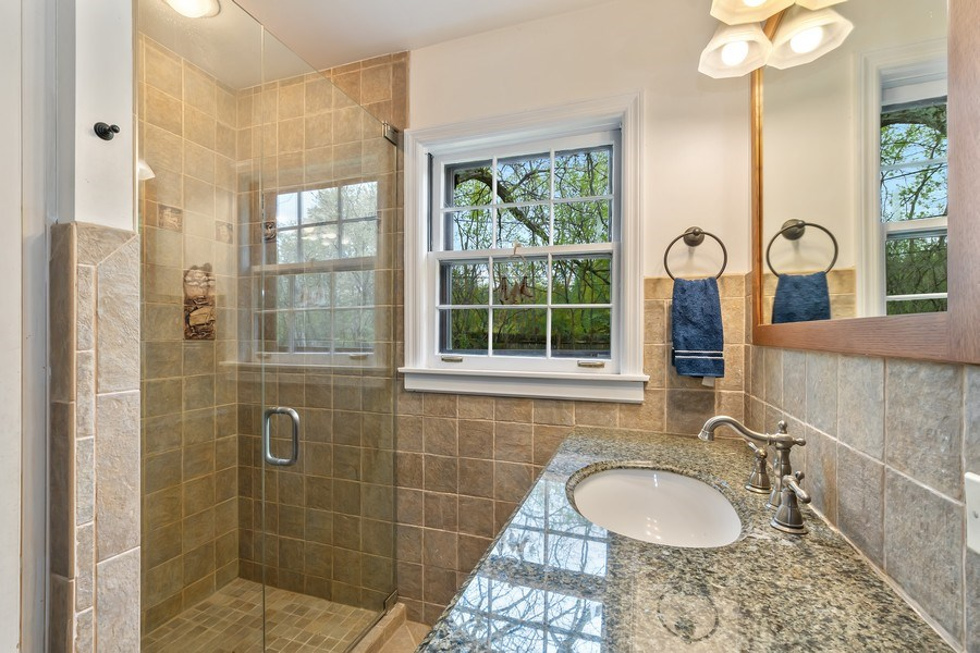 Real Estate Photography - 128 Lincolnwood Ave, Highland Park, IL, 60035 - Master Bathroom
