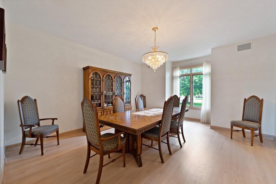 Real Estate Photography - 6705 Fieldstone Drive, Burr Ridge, IL, 60527 - Dining Room