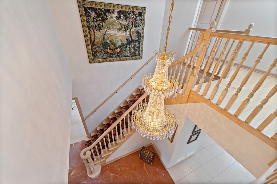 Real Estate Photography - 6705 Fieldstone Drive, Burr Ridge, IL, 60527 - Staircase