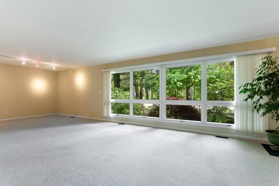 Real Estate Photography - 1212 Detroit Street, New Buffalo, MI, 49117 - Living Room