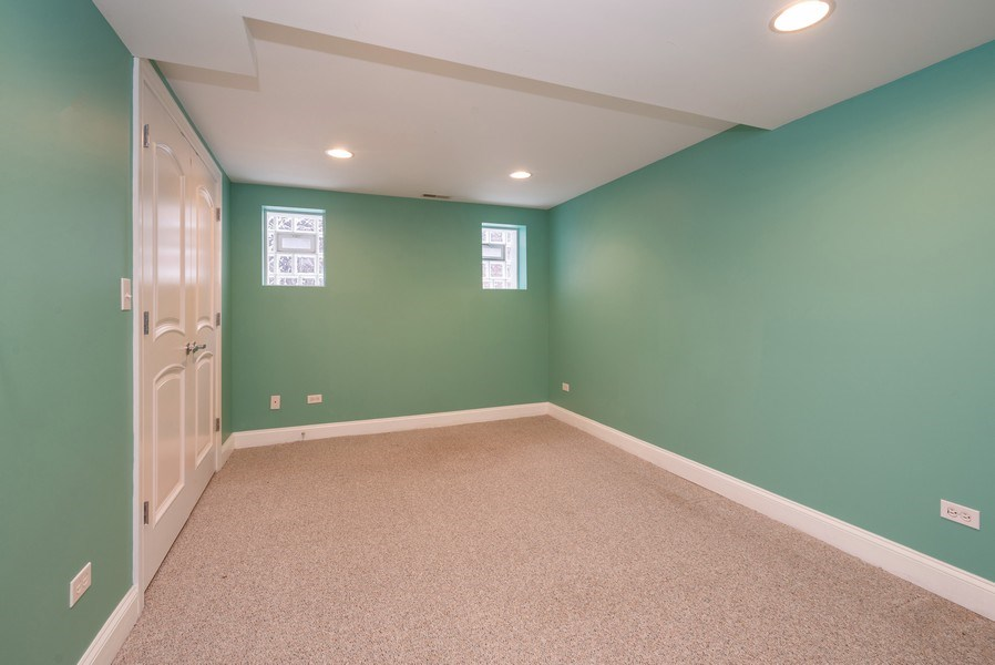 Real Estate Photography - 1332 W Albion Ave #1W, Chicago, IL, 60626 - 3rd Bedroom