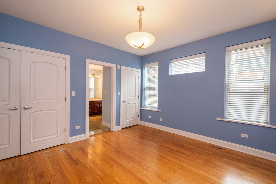 Real Estate Photography - 1332 W Albion Ave #1W, Chicago, IL, 60626 - Master Bedroom