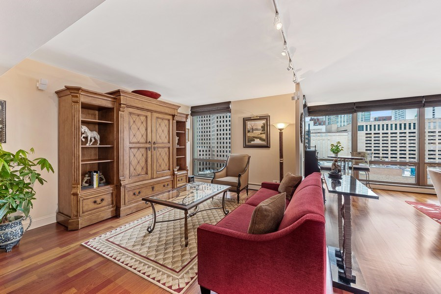 Real Estate Photography - 100 E. Bellevue Place #11D, Chicago, IL, 60611 - Den