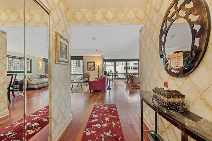 Real Estate Photography - 100 E. Bellevue Place #11D, Chicago, IL, 60611 - Foyer