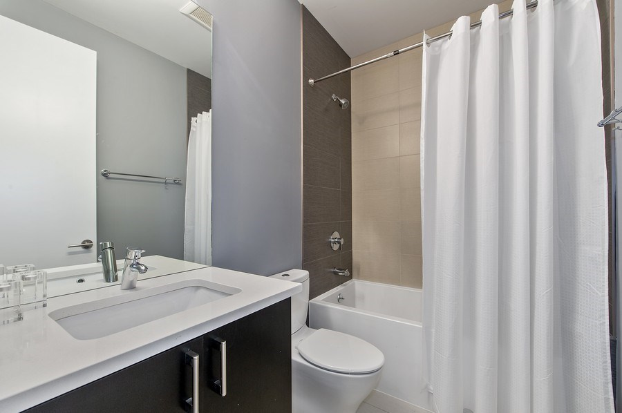 Real Estate Photography - 2033 W. Cortland, Chicago, IL, 60647 - 3rd Bathroom