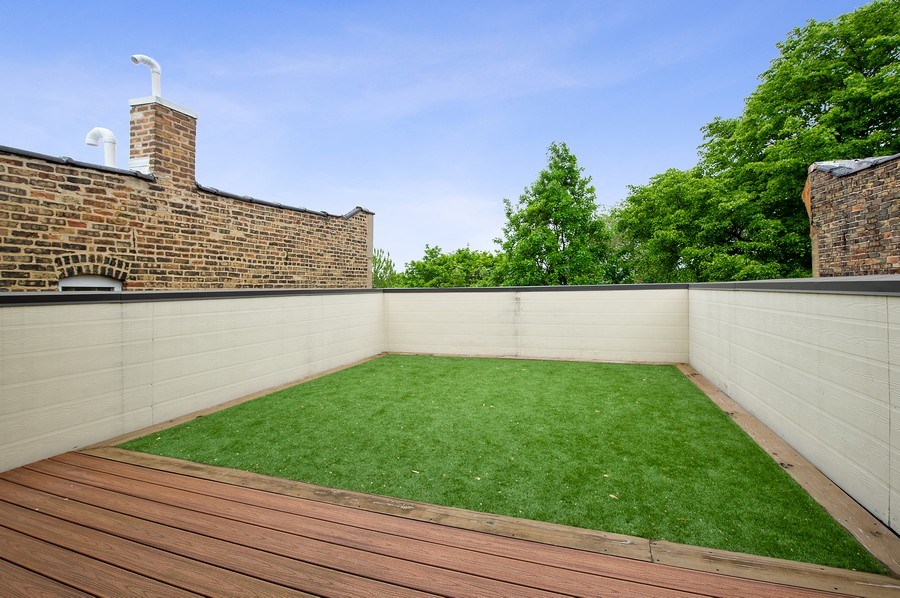 Real Estate Photography - 2033 W. Cortland, Chicago, IL, 60647 - Roof Deck