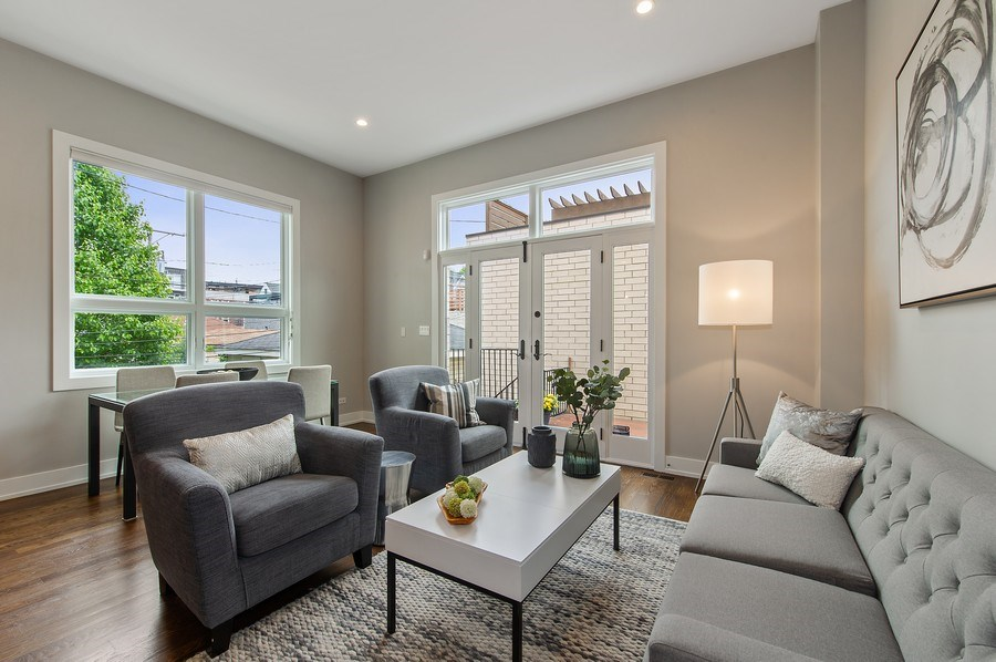 Real Estate Photography - 2033 W. Cortland, Chicago, IL, 60647 - Family Room
