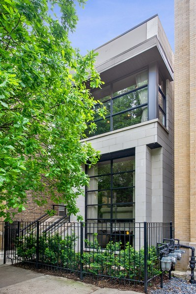 Real Estate Photography - 2033 W. Cortland, Chicago, IL, 60647 - Front View