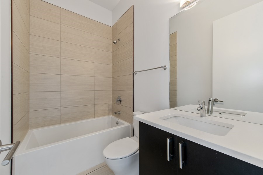Real Estate Photography - 2033 W. Cortland, Chicago, IL, 60647 - 2nd Bathroom