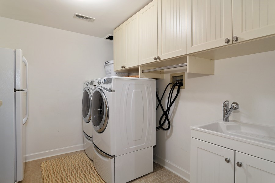 Real Estate Photography - 2514 N Greenview, Chicago, IL, 60614 - Laundry Room