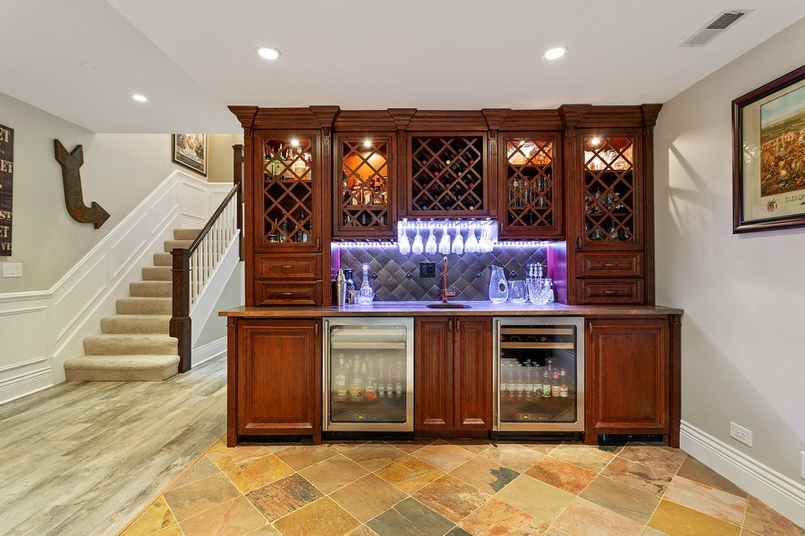 Real Estate Photography - 2514 N Greenview, Chicago, IL, 60614 - Bar
