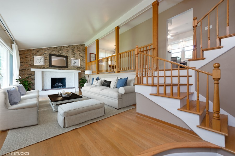 Real Estate Photography - 1405 S Highland, Arlington Heights, IL, 60005 - Living Room