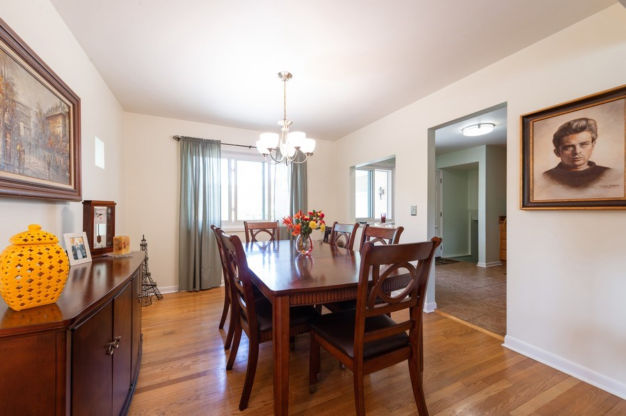 Real Estate Photography - 1415 N Highland, Arlington Heights, IL, 60004 - Dining Room