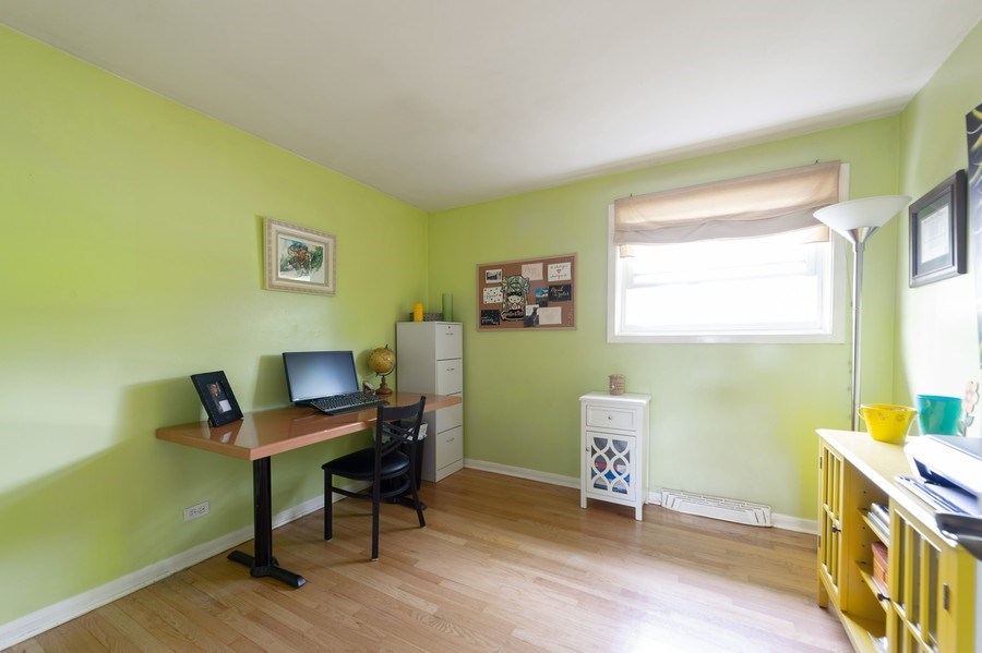 Real Estate Photography - 1415 N Highland, Arlington Heights, IL, 60004 - Office