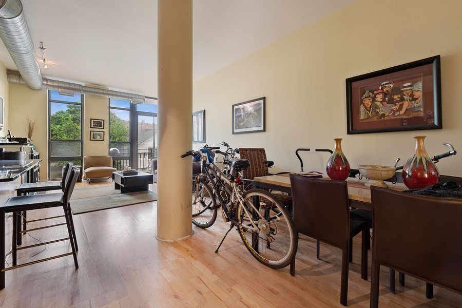 Real Estate Photography - 4020 N Damen, Unit 206, Chicago, IL, 60618 - Dining Room