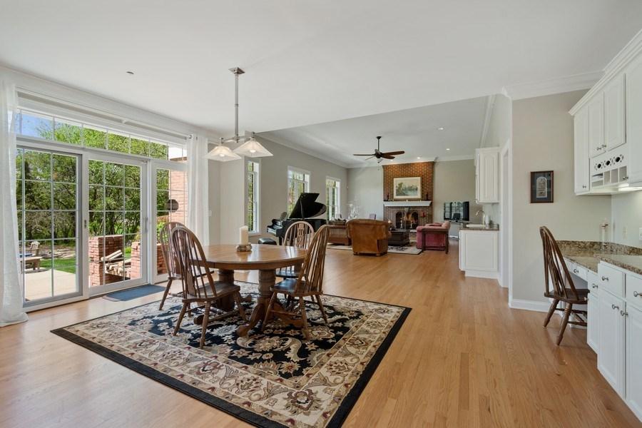 Real Estate Photography - 28471 W Casey Ct, Lake Barrington, IL, 60010 - Breakfast Area