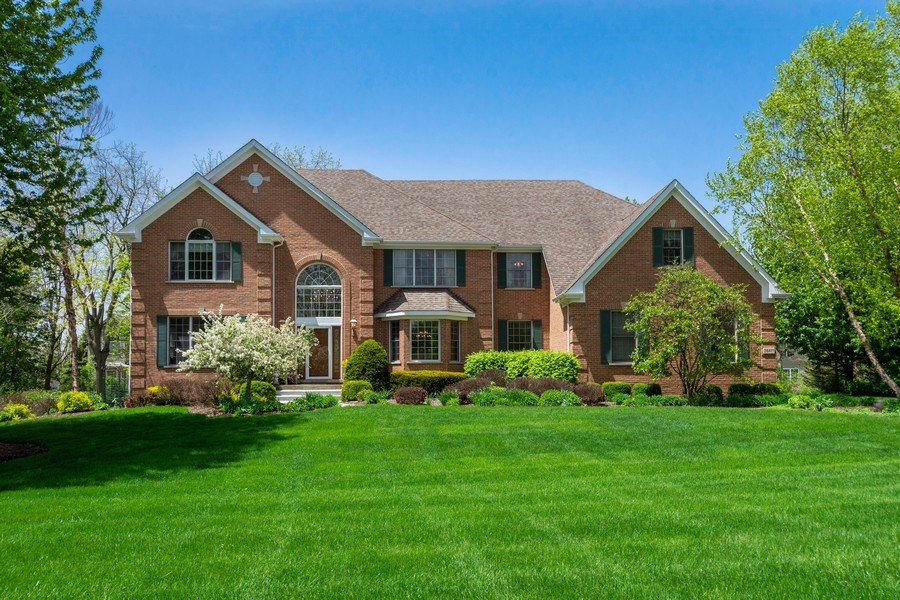 Real Estate Photography - 28471 W Casey Ct, Lake Barrington, IL, 60010 - Front View
