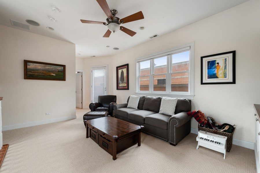 Real Estate Photography - 3842 N Southport, Unit k, Chicago, IL, 60613 - Family Room