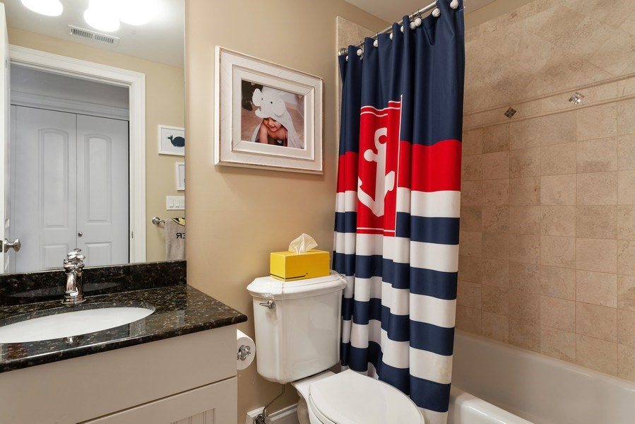Real Estate Photography - 3842 N Southport, Unit k, Chicago, IL, 60613 - 2nd Bathroom