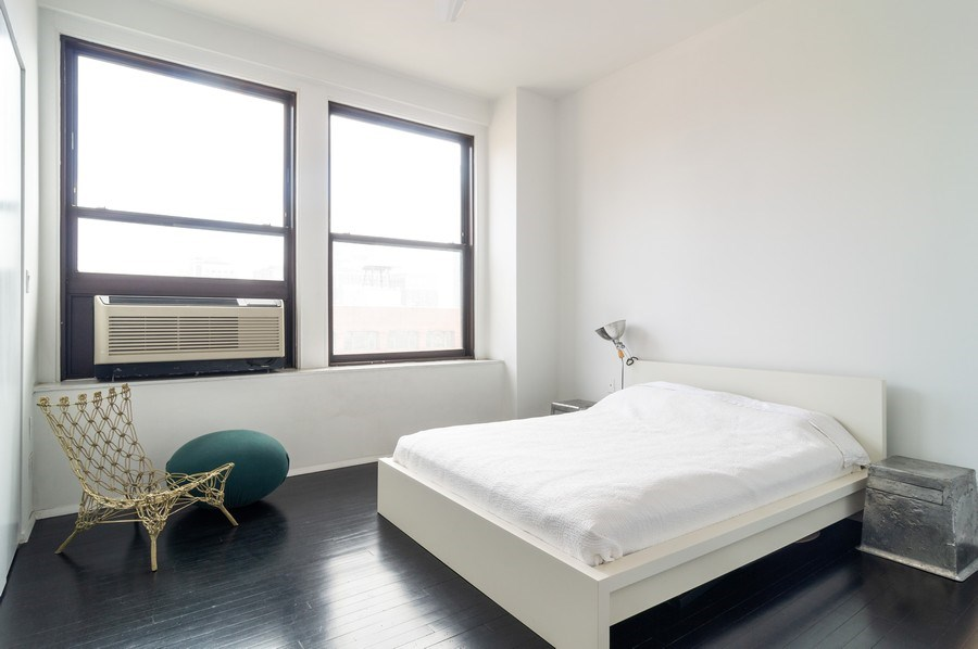 Real Estate Photography - 600 S Dearborn, Unit 1414, Chicago, IL, 60605 - Master Bedroom