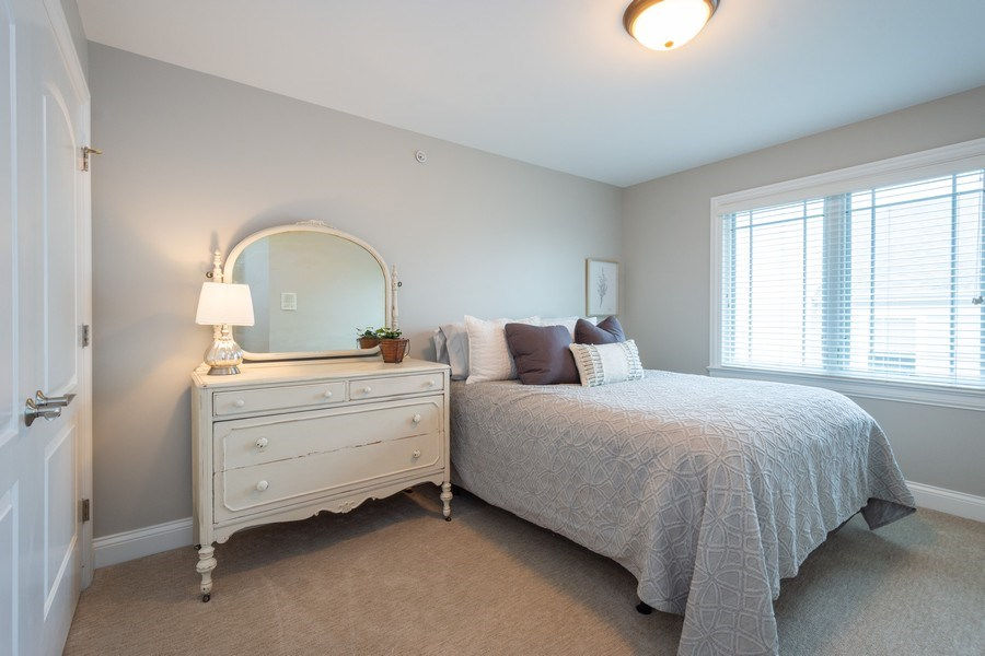Real Estate Photography - 756 E Sunnyside Ave, Libertyville, IL, 60048 - 3rd Bedroom